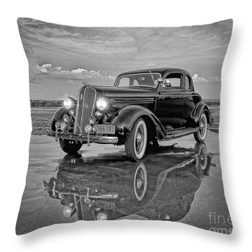 36 Plymouth Reflections Pencil Sketch Throw Pillow
