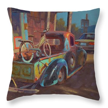 38' Ford In Jerome, Az Throw Pillow