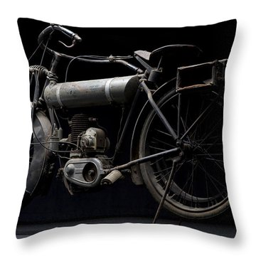 1917 Triumph Model H Throw Pillow