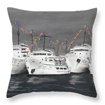 4th Of July In A Foreign Port Throw Pillow
