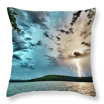 Beautiful Landscape Scenes At Lake Jocassee South Carolina Throw Pillow