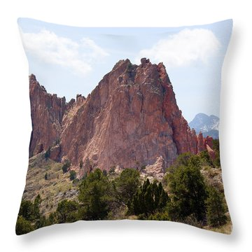 Dakota Trail At Garden Of The Gods Throw Pillow