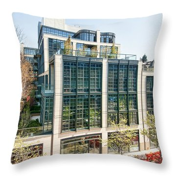 500 W 21st Street 3 Throw Pillow