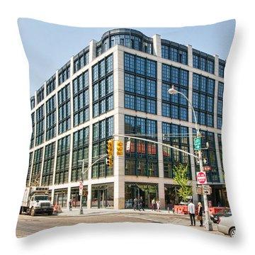 500 W 21st Street 5 Throw Pillow