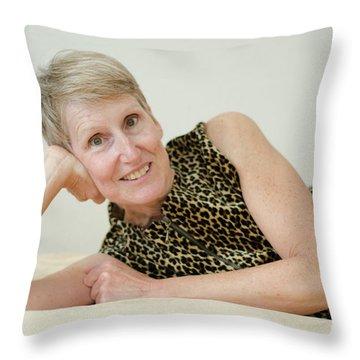 6 Throw Pillow