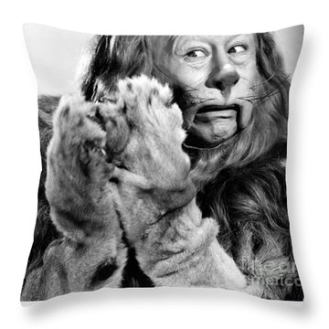 Wizard Of Oz, 1939 Throw Pillow