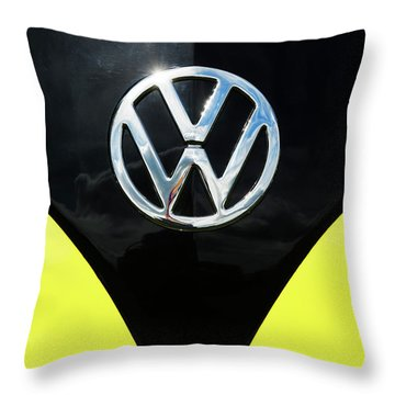 66 Kamper  Throw Pillow