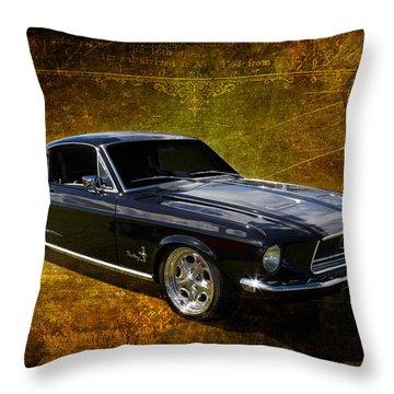 68 Fastback Throw Pillow