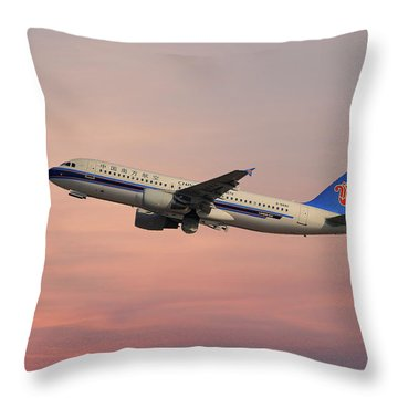 China Southern Airlines Airbus A320-214 Throw Pillow