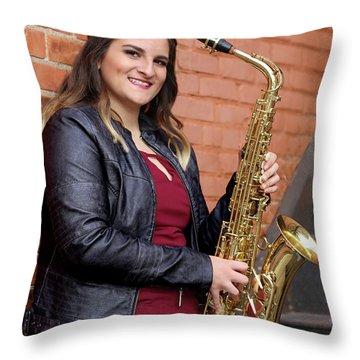 9g5a9450_e Throw Pillow by Sylvia Thornton