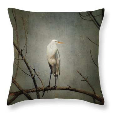 A Great Egret Throw Pillow