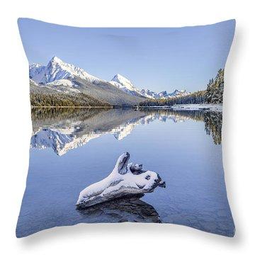 A Kiss Of Winter Throw Pillow