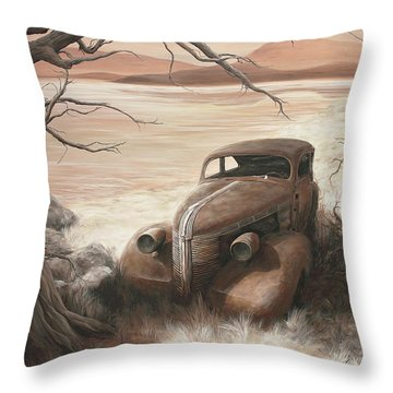 A Lakeshore Drive Throw Pillow by Janice Smith