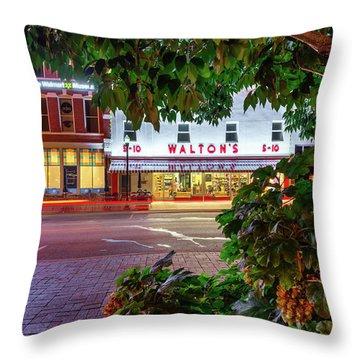 Cafes At Night Throw Pillows