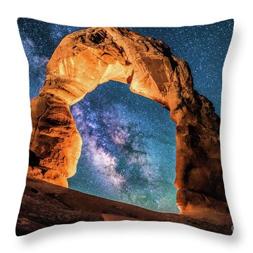 A Portal To The Milky Way At Delicate Arch Throw Pillow