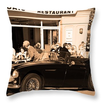 A Sunday In France Throw Pillow