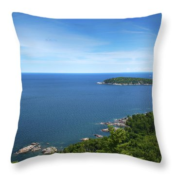 A View From Sugarloaf Mountain Throw Pillow