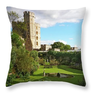 A View Of Windsor Castle Throw Pillow
