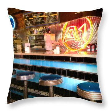 A1 Diner In Gardiner, Maine Throw Pillow