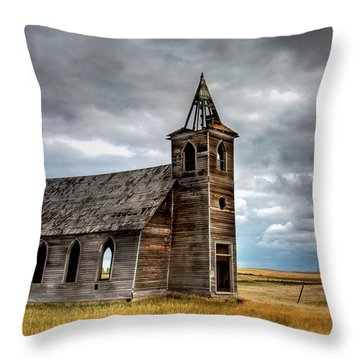 Abandoned Beauty  Throw Pillow