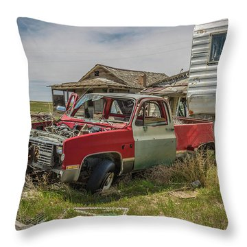 Abandoned Car And Trailer In The Ghost Town Of Cisco, Utah Throw Pillow