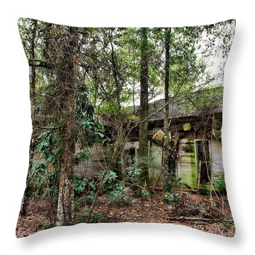 Abandoned House In Alabama Throw Pillow