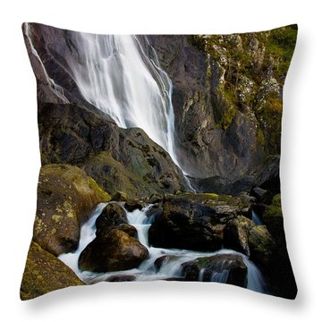 Aber Falls 2 Throw Pillow