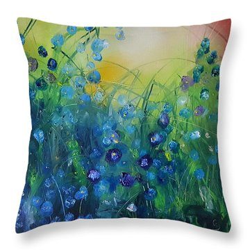 Abstract Flax           31 Throw Pillow