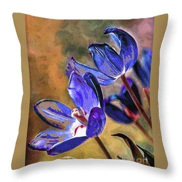 Abstracticus Tuliptimus Throw Pillow