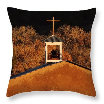 Adobe Church At San Ildefonso Pueblo In Northern New Mexico Throw Pillow