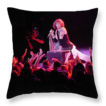 Aerosmith-steven Tyler-00088 Throw Pillow