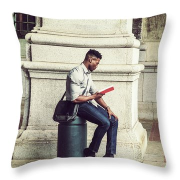 African American College Student Studying In New York Throw Pillow
