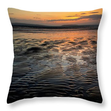 Afterglow At Penmaenmawr Throw Pillow