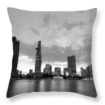 Afternoon On The City Throw Pillow