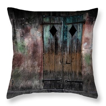 Aged And Erie Door Throw Pillow