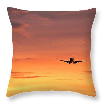 Airlpane In Flight Throw Pillow by John Greim