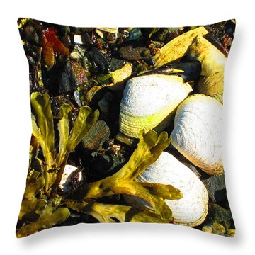 Alaska Clams Throw Pillow