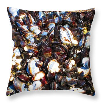 Alaska Clams2 Throw Pillow