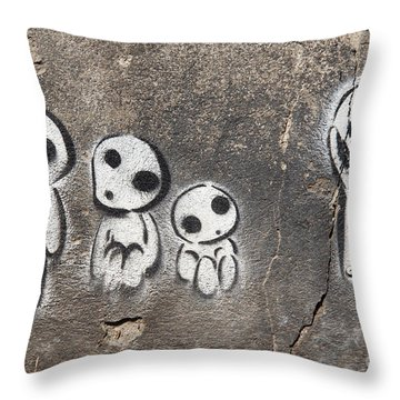 Aliens Throw Pillow