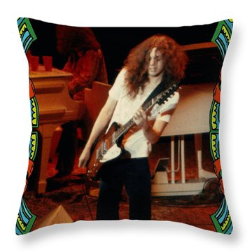 Free Bird 2 Throw Pillow