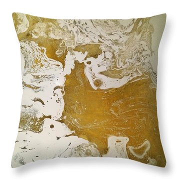 Alligator Head Amber Backflip Throw Pillow