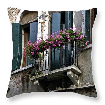 Throw Pillow featuring the photograph Along The Grand Canal by Lynda Lehmann