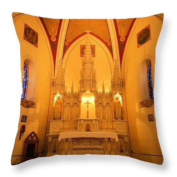 Alter At The Loretto Chapel Throw Pillow