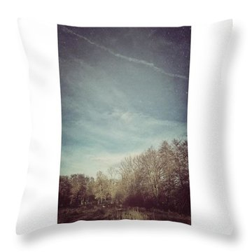 Am Himmel Die Wolken  #wolken #himmel Throw Pillow