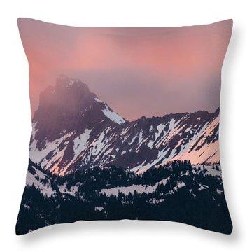 American Border Peak And Mount Larrabee At Sunset Throw Pillow
