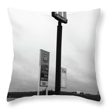 Throw Pillow featuring the photograph American Interstate - Illinois I-55 by Frank Romeo