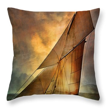 America's Cup 1 Throw Pillow