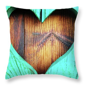 Amor ... Throw Pillow