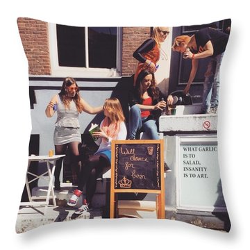 Koningsdag Throw Pillows