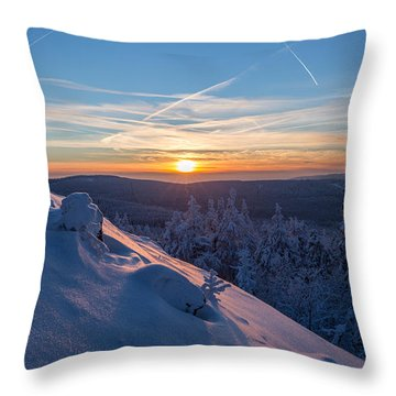an evening on the Achtermann, Harz Throw Pillow